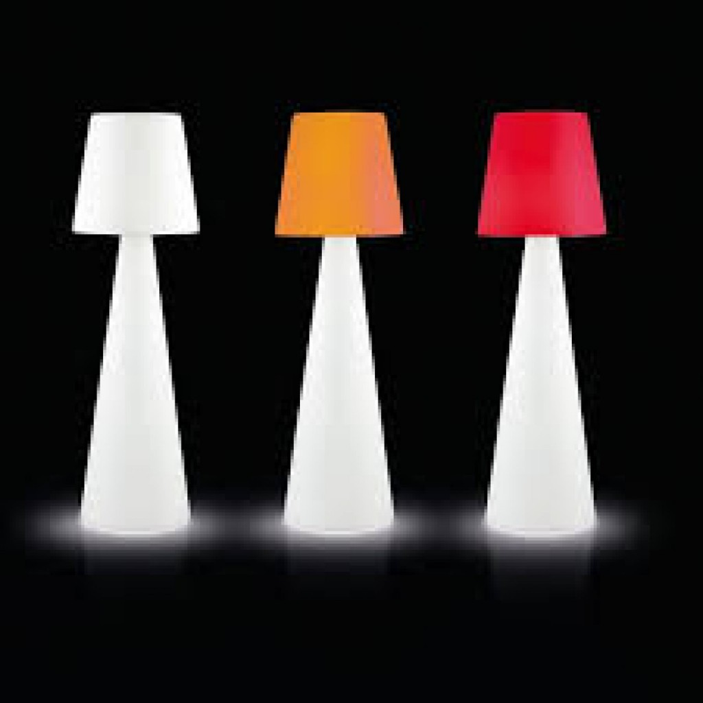 Mobilier lumineux ext rieur objets lumineux pour jardin for Mobilier lumineux exterieur